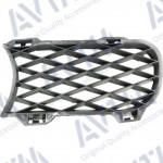 решітка в бампер Volkswagen Touareg 02-06 ліва (сітка) - AVTM
