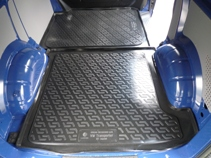 Коврик в багажник Volkswagen Transporter T5 (02-) средняя часть (возле сдвижной двери) Lada Locker