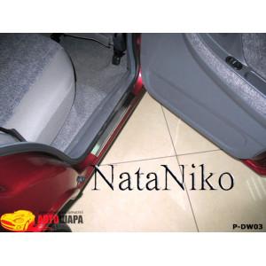 Накладки на пороги DAEWOO NEXIA 1994- Premium - 4шт, наружные - на метал NataNiko